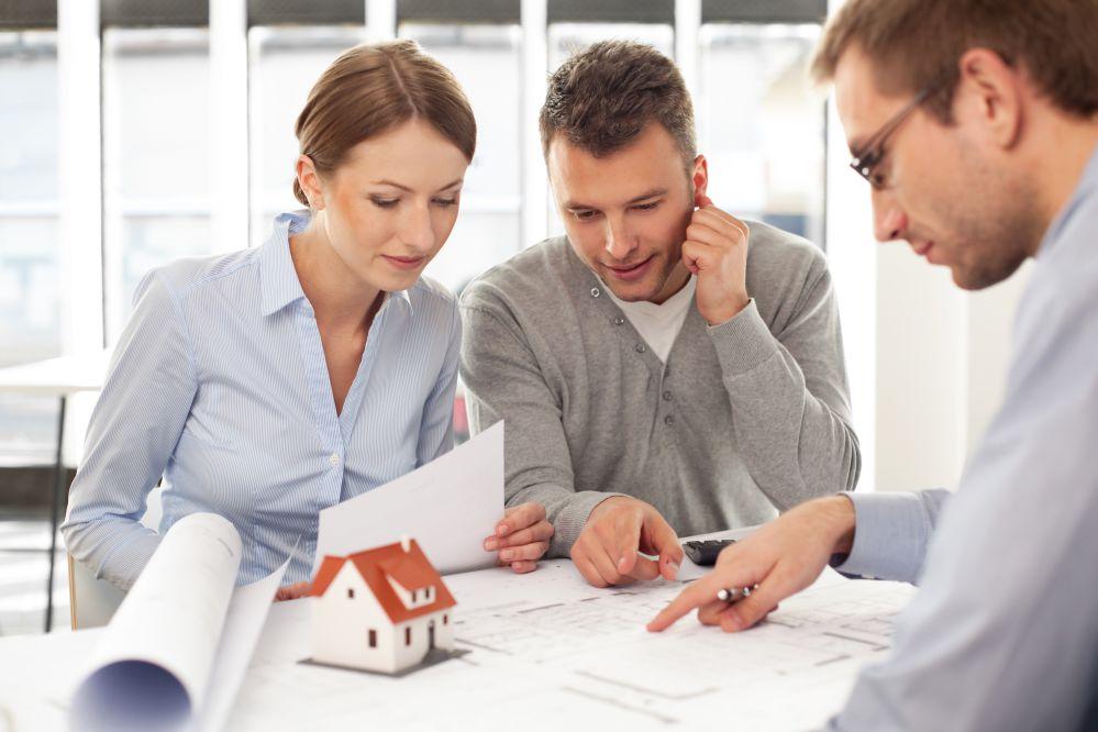 Quer saber qual é o papel de uma uma assessoria jurídica na compra e venda de imóveis? Então leia nosso artigo e saiba a sua importância!