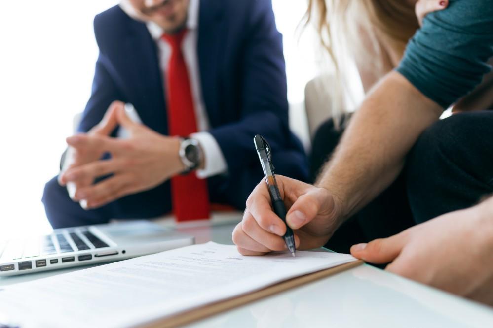 Você sabe como funciona a escritura de imóveis? Saiba mais sobre esse procedimento e como deve ser executado!