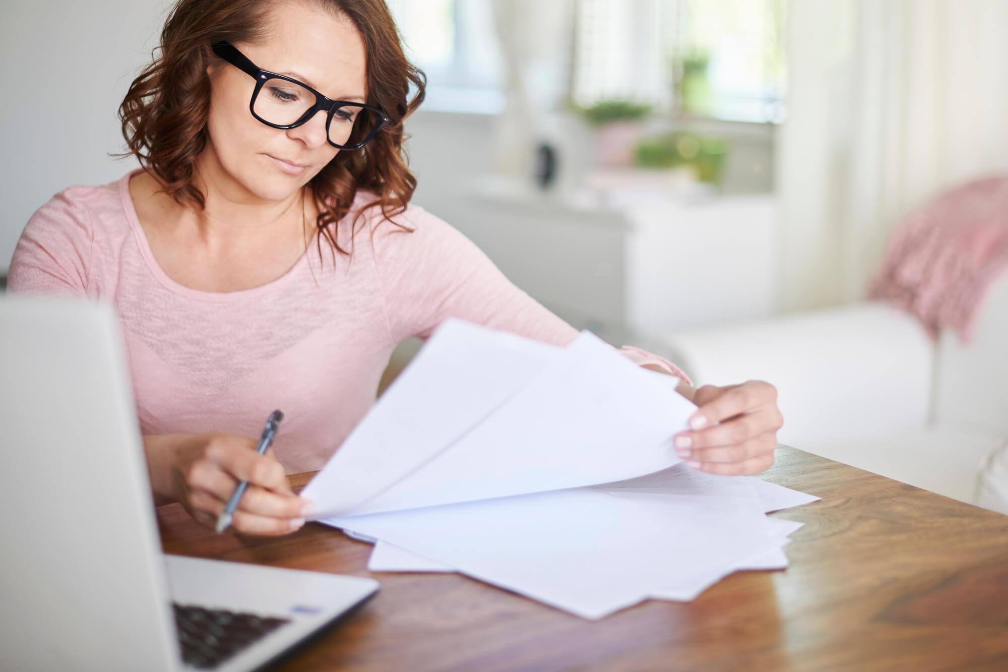 A análise dos documentos para comprar imóvel é fundamental para fazer uma compra segura. Confira quais são eles!