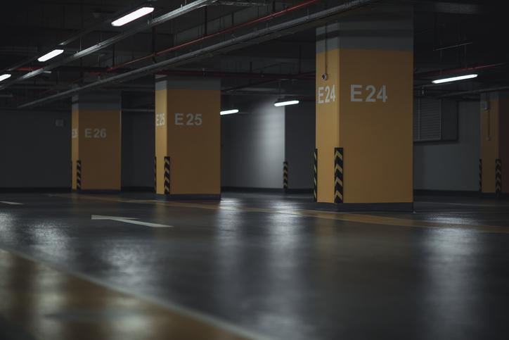 Se você quer saber o que a legislação diz a respeito das vagas de garagem em condomínio, precisa conferir o nosso post. Saiba os detalhes sobre o assunto!